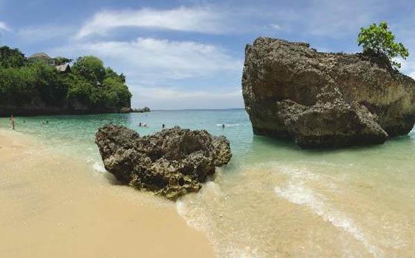 Padang – Padang Beach