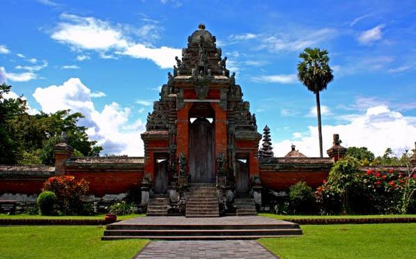 Bali Day Trips to Taman Ayun Temple