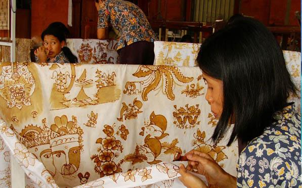Plan a trip to Batik factory Bali in Tohpati Village